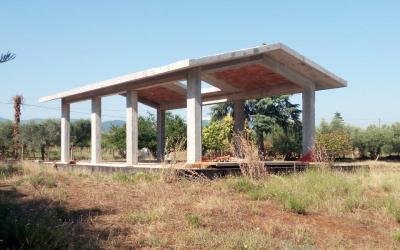 Terreno e struttura in cemento armato - Lanuvio